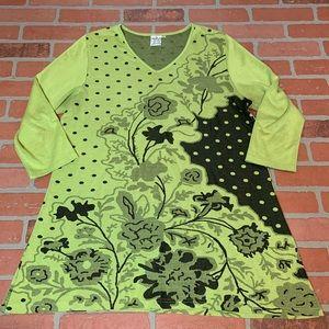 Parsley & Sage Floral Polkadot Tunic Top Green